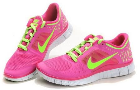 Как выбрать кроссовки для начинающей бегуньи