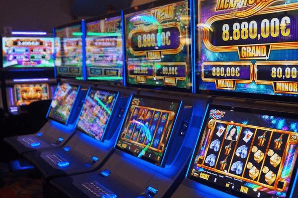 Играй и зарабатывай с казино Вулкан онлайн