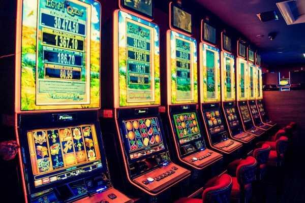 Игровой автомат Алькатрас от казино Джокер